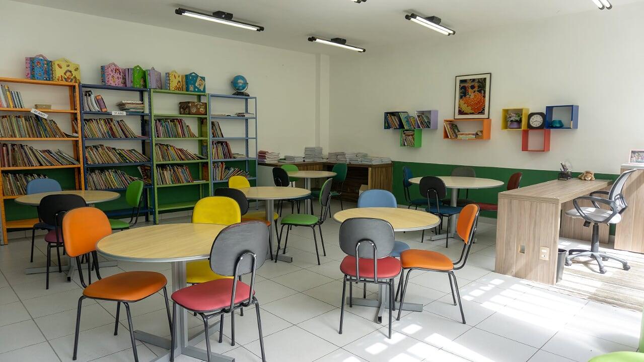 4 biblioteca