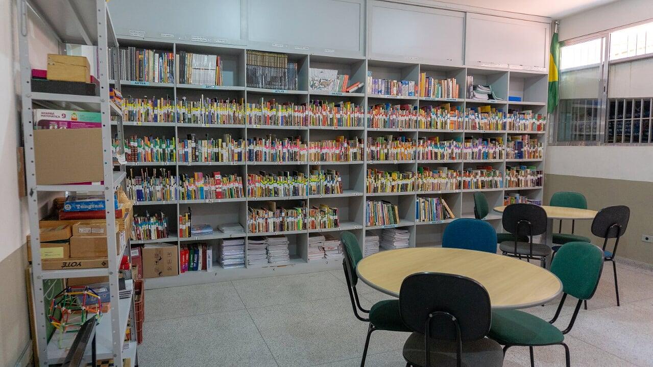 9 biblioteca 6