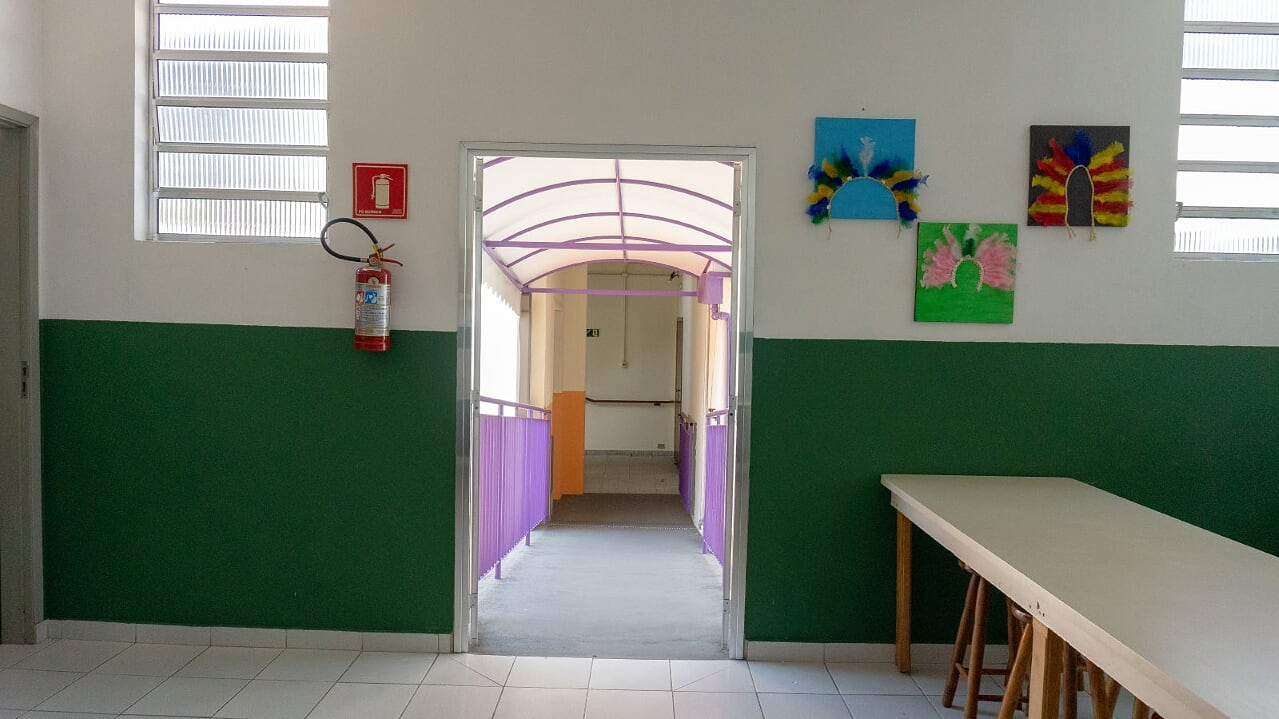 32 rampa acesso sala Artes 1